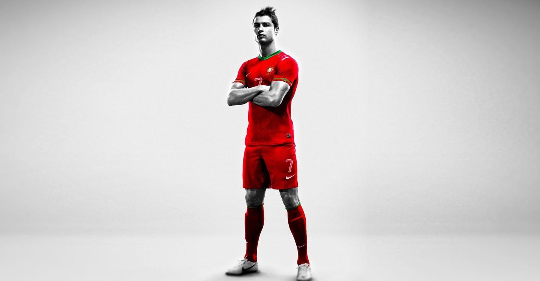 Cristiano Ronaldo: World at His Feet