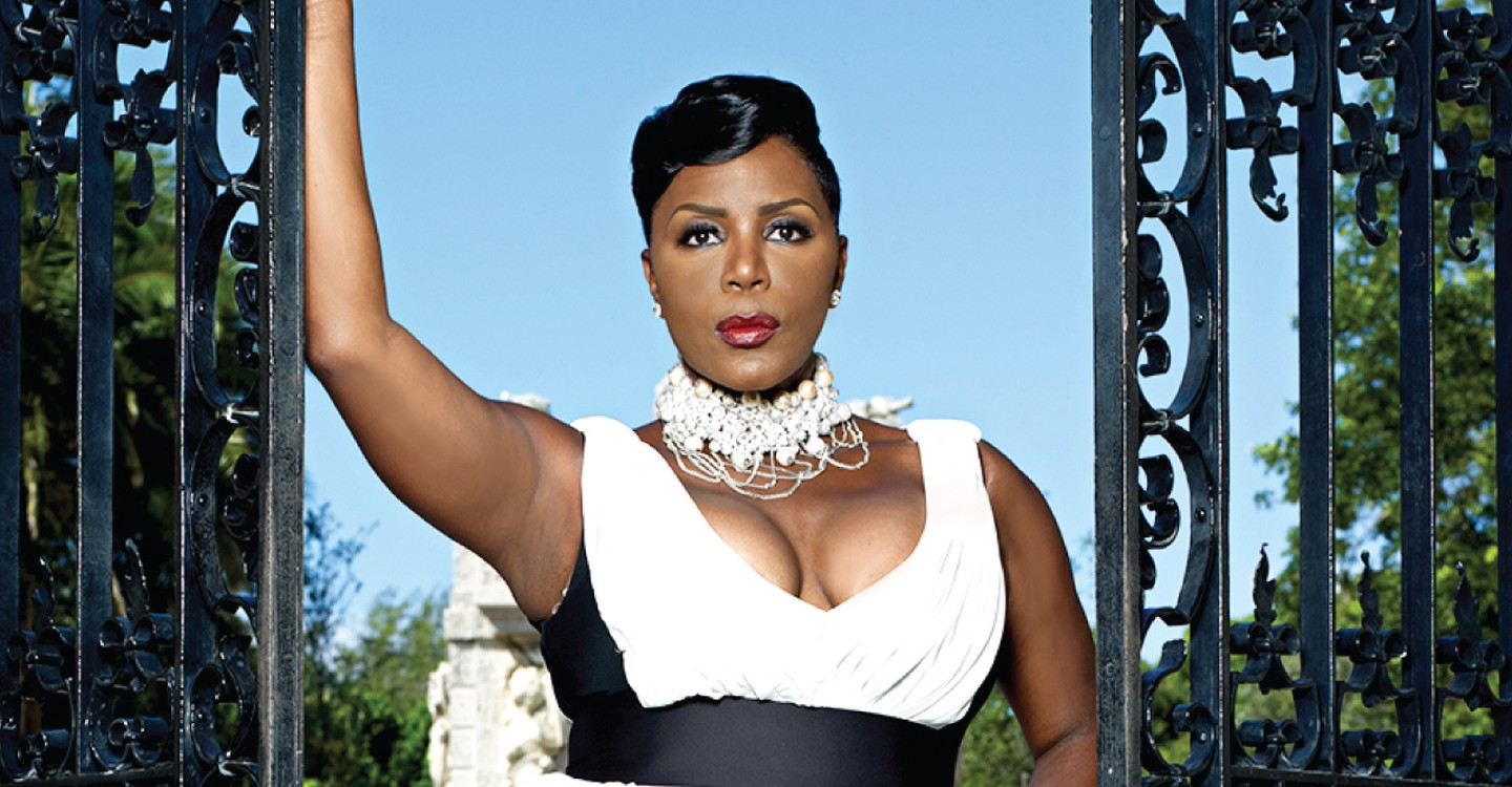 Sommore Chandelier Status watch streaming online – Sommore Chandelier Status